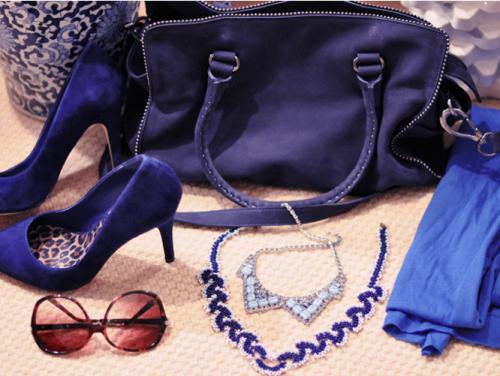 Сочетание синего цвета в одежде - фото